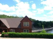 """Family Funtimes A"" 1-Br, 2Ba Loft Lakefront Cabin / L119A"
