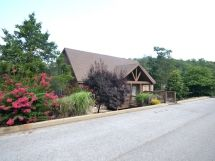 Lakeside Fun 1Br Lodge Pool Remodeled, Fishing / L73B