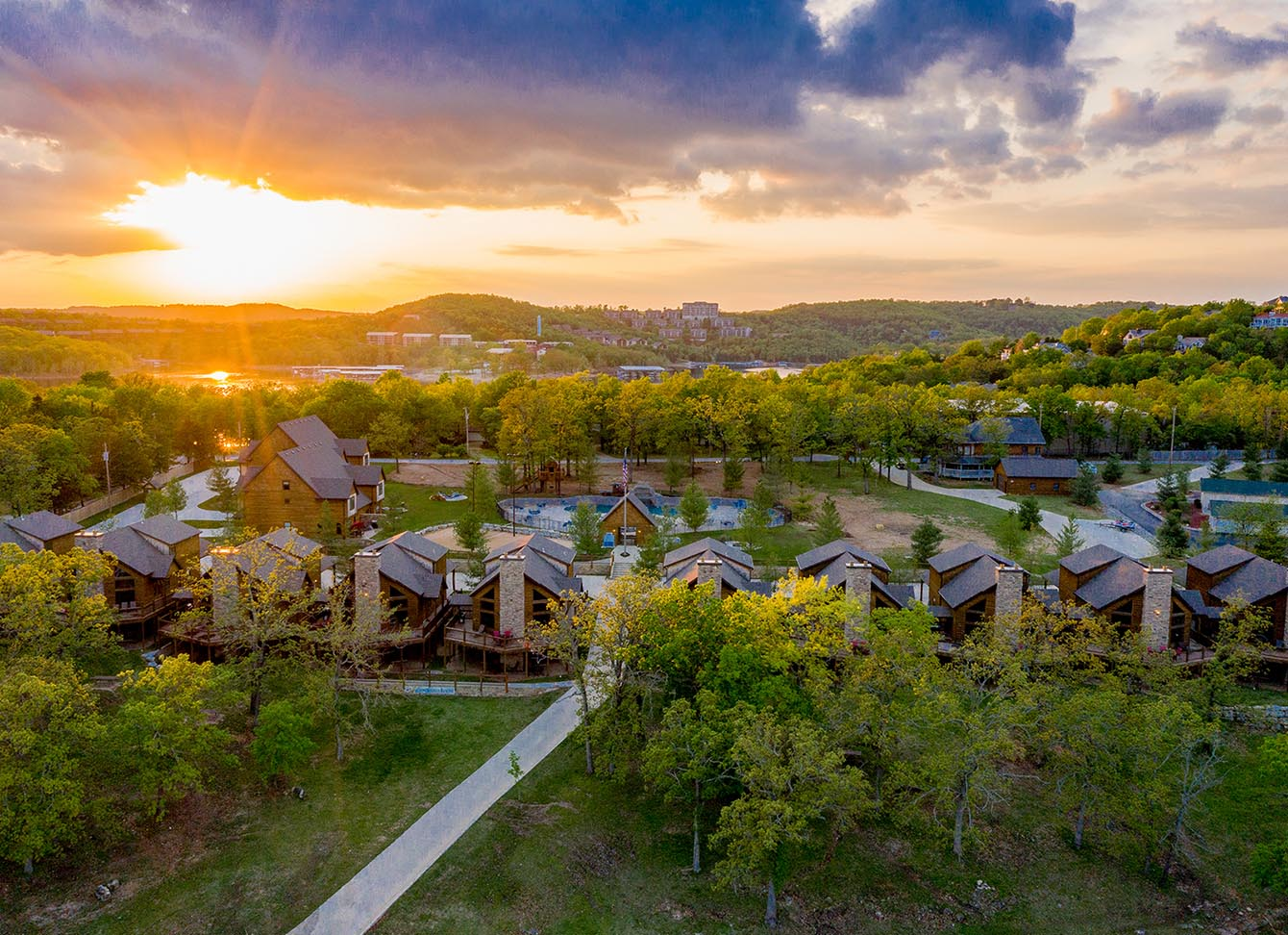Cabins in Branson, MO open for Memorial Day