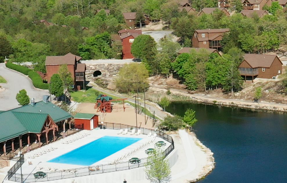 Poolside Cabins in Branson MO